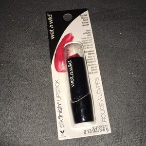 Wet n Wild Cherry Frost Silk Finish Lipstick